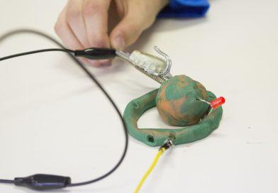 BurLand: circuiti morbidi spaziali!